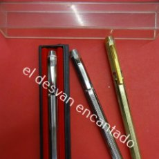 Estilográficas antiguas, bolígrafos y plumas: LOTE DE 3 BOLIGRAFOS DE 4 COLORES. UNO DE ELLOS MARCA CIROS. Lote 192903286