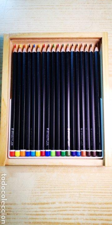 STAEDTLER 18 LAPICES DE COLORES CIN CAJA DE MADERA A ESTRENAR (Plumas Estilográficas, Bolígrafos y Plumillas - Juegos y Conjuntos)
