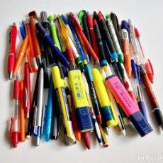 Estilográficas antiguas, bolígrafos y plumas: LOTE DE BOLIGRAFOS VARIOS, ROTULADORES Y OTROS. Lote 207332590