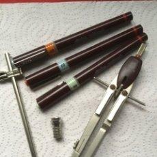Estilográficas antiguas, bolígrafos y plumas: ROTRING. COMPAS Y ESTILOGRAFOS. LO QUE SE VE.. Lote 246535635