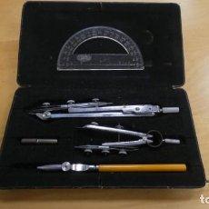 Estilográficas antiguas, bolígrafos y plumas: ESTUCHE DE COMPAS , CON DOS COMPAS Y UN BOLIGRAFO COMPAS .. Lote 262714220