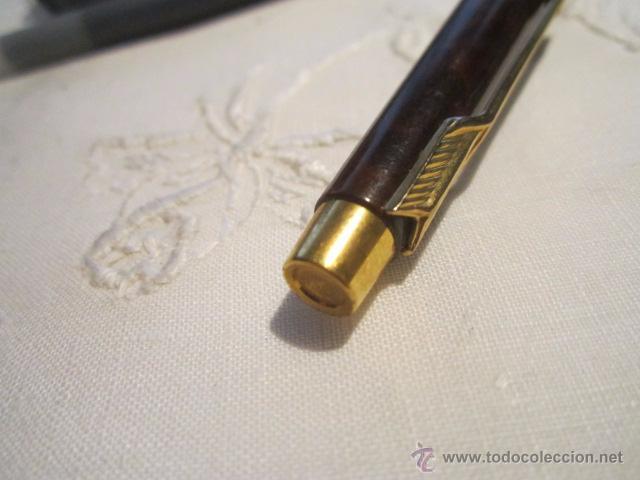 Plumas estilográficas antiguas: Pluma estilográfica Parker cla cuerpo lacado en marrón con clip dorado, más dos recambios. 13,5 cms. - Foto 3 - 53704883
