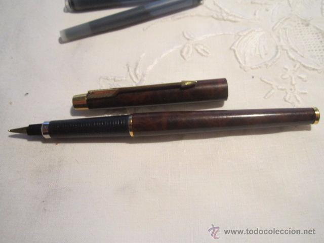 Plumas estilográficas antiguas: Pluma estilográfica Parker cla cuerpo lacado en marrón con clip dorado, más dos recambios. 13,5 cms. - Foto 4 - 53704883
