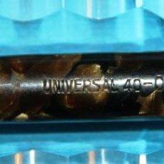 Plumas estilográficas antiguas: ANTIGUA PLUMA ESTILOGRAFICA ESPAÑOLA UNIVERSAL 40 ORO. Lote 56369359