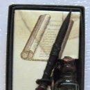 Plumas estilográficas antiguas: PLUMA DE BAMBÚ Y CUERO OLD FASHION // SIN ESTRENAR CON CAJA Y TINTERO. Lote 58360845