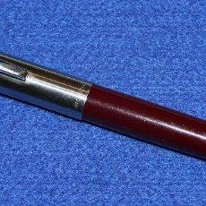 Plumas estilográficas antiguas: PLUMA ESTILOGRAFICA INOXCROM 55 BURDEOS *. Lote 62130728