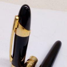 Plumas estilográficas antiguas: PLUMA LACADO NEGRO GRAN CALIDAD NUEVO. Lote 150907033