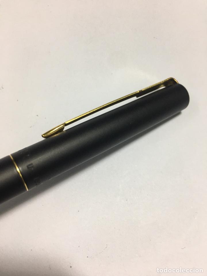 Plumas estilográficas antiguas: Pluma Parker lacado negro y detalles chapados oro como nueva - Foto 3 - 171128610