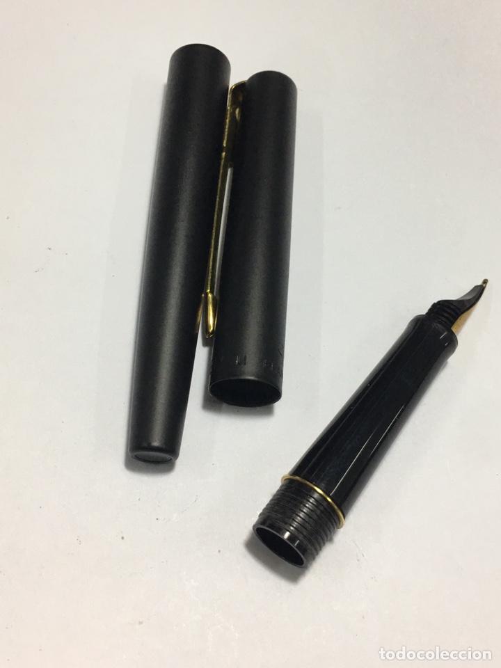 Plumas estilográficas antiguas: Pluma Parker lacado negro y detalles chapados oro como nueva - Foto 10 - 171128610