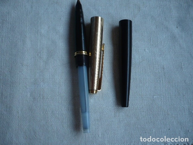 Plumas estilográficas antiguas: PLUMA PARKER NEGRA CAPUCHÓN DORADO CHAPADO ORO 1/10 12 KILATES - Foto 3 - 172577163