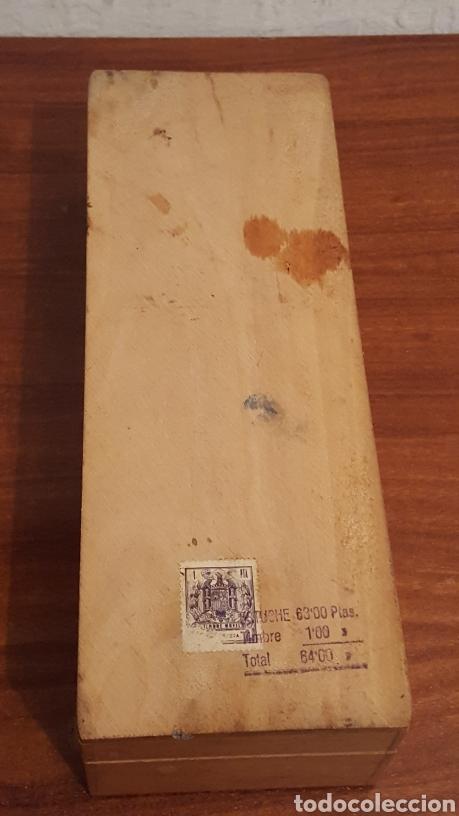 Plumas estilográficas antiguas: Caja vacia tinta china fix, de madera, en buen estado (23,5x9x6cm aprox) - Con sello franquista - Foto 3 - 190153296
