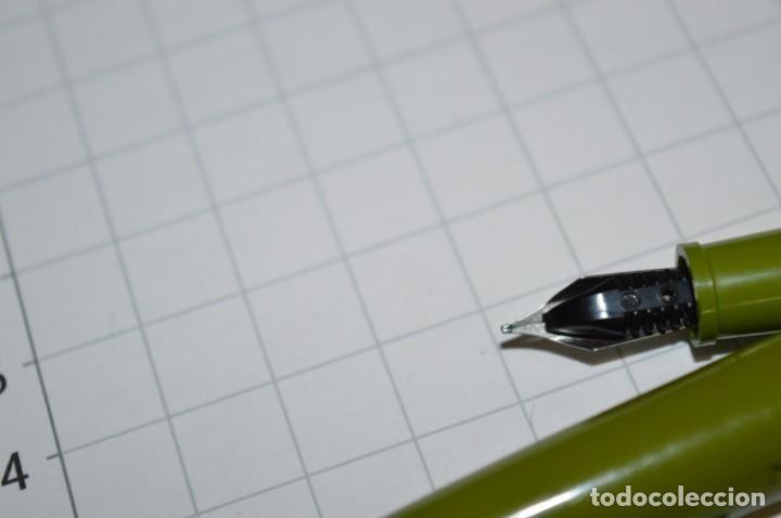 Plumas estilográficas antiguas: 3 PLUMAS antiguas / Diferentes MARCAS / modelos - ¡Mira fotografías y detalles! Lote 04 - Foto 15 - 209352477