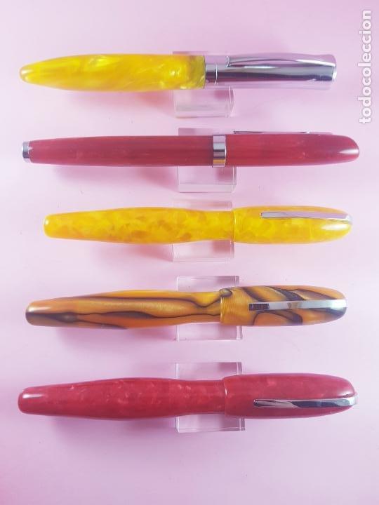 Plumas estilográficas antiguas: 000/LOTE 5 PLUMAS-DISEÑO-TIPO : DIONISIO LASUÉN-ACRÍLICOS COLORIDOS-NOS-VER FOTOS - Foto 6 - 217576343