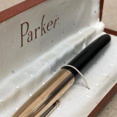 Plumas estilográficas antiguas: PLUMA PARKER 51 LACADO NEGRO CABUCHON DORADO. Lote 218577330
