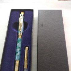 Stylos-plume anciens: BONITA PLUMA ESTILOGRÁFICA SWAROVSKI, BUEN ESTADO. Lote 228543445
