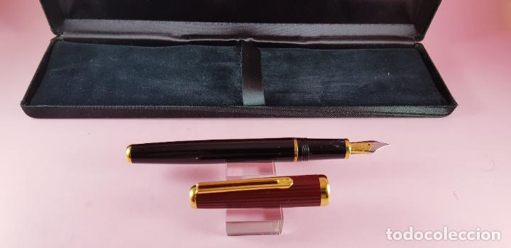 Plumas estilográficas antiguas: pluma estilográfica-INOXCROM sirocco guilloché-negra+burgundi-convertidor-caja-plumín original M - Foto 2 - 231485885