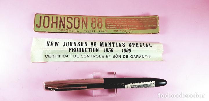 Plumas estilográficas antiguas: PLUMA ESTILOGRÁFICA-NEW JOHNSON MANTIAS SPECIAL PLEXIGLAS-FRANCIA-(1959/1960)-PAPELES-NEGRO+DORADO - Foto 24 - 238515195