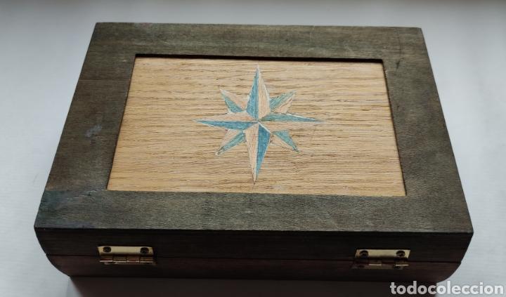 Plumas estilográficas antiguas: Estuche madera y 2 plumas estilográficas - Foto 2 - 258087115