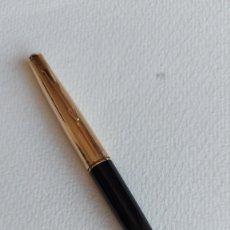 Plumas de tinta permanente antigas: T-731.- PLUMA ESTILOGRAFICA - PARKER- 45.- TIENE GRABADA UNA -M- 1/10-12 K.- GF.- MADE IN USA. , VER. Lote 260816990