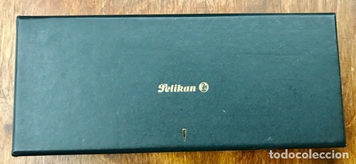 Plumas estilográficas antiguas: Pluma Estilográfica Pelikan M250 Piston Vintage (1986/97) Borgoña 14K B-plumilla. W, Alemania - Foto 8 - 272488798