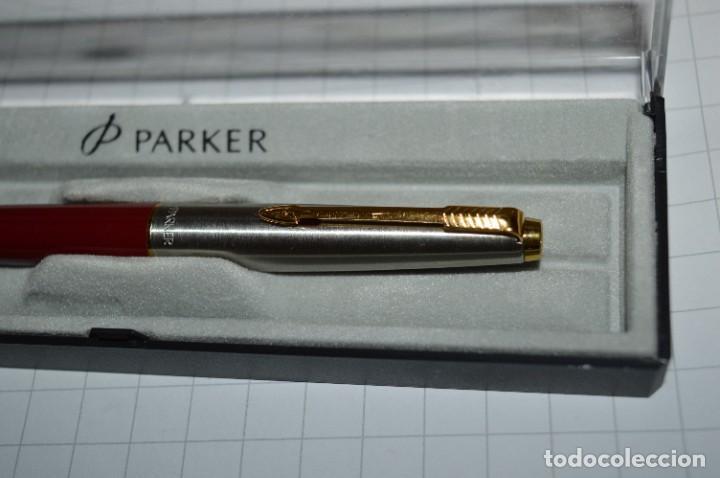 Plumas estilográficas antiguas: PARKER 45 - Roja burdeos / Detalles acero y dorados / Con caja/estuche NOS - ¡Mira fotos, PRECIOSA! - Foto 7 - 276962823