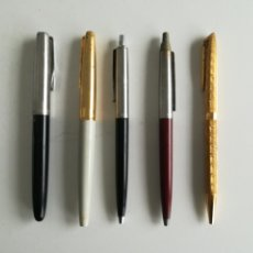 Plumas estilográficas antiguas: LOTE DE 5 BOLÍGRAFOS Y PLUMAS.. Lote 288631638