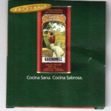 Etiquetas antiguas: SOBRE DE ACEITES CARBONELL CON BOLSITA DE ACEITE DE MUESTRA. Lote 46170846