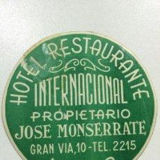 Etiquetas antiguas: ETIQUETA HOTEL RESTAURANTE INTERNACIONAL, MURCIA , ESPAÑA, LUGGAGE LABEL, 8 CM DIAMETRO.. Lote 213633598