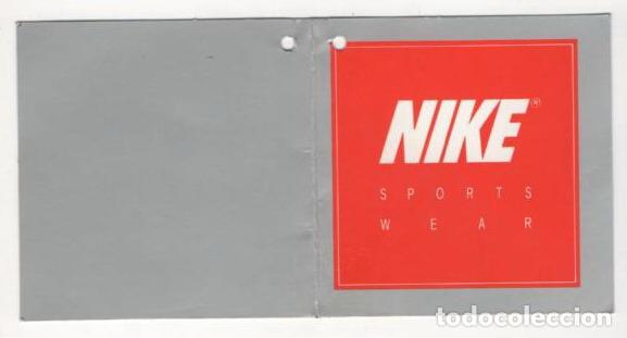 etiquetas de ropa nike