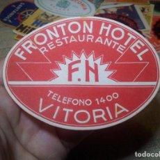 Etiquetas antiguas: FRONTON HOTEL RESTAURANTE VITORIA REVERSO ENGOMADO COLECCION PARTICULAR . Lote 71164785