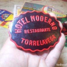 Etiquetas antiguas: - ETIQUETA HOTEL MODERNO TORRELAVEGA- REVERSO ENGOMADO COLECCION PARTICULAR . Lote 71165957