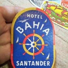 Etiquetas antiguas: - ETIQUETA HOTEL BAHIA SANTANDER - REVERSO ENGOMADO COLECCION PARTICULAR . Lote 71168573