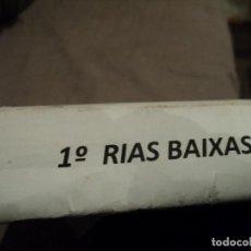 Etiquetas antiguas: ALBUM CON MAS DE DOSCIENTAS ETIQUETAS DE VINO DE RIAS BAIXAS. Lote 81564856