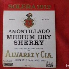 Etiquetas antiguas: ETIQUETA ALVAREZ Y CIA AMONTILLADO MEDIUM DRY SHERRY. Lote 93090865
