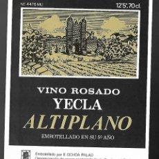 Etiquetas antiguas: ETIQUETA VINO ROSADO YECLA ALTIPLANO 5º AÑO. AÑOS 80. SIN PEGAR, IMPECABLE.. Lote 98821831