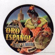 Etiquetas antiguas: CURIOSA ETIQUETA ACEITUNAS ORO ESPAÑOL. HIJO DE L. NALDA. VITORIA. GITANA. 8 CM. Lote 103521639