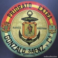 Etiquetas antiguas: PRIORATO EXTRA. GONZALO SAENZ Y CIA. BUENOS AIRES. 35 CM. DE DIÁMETRO. EL CANO. . Lote 104063911