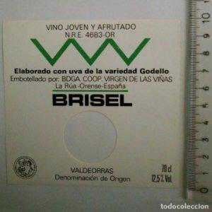 ETIQUETA BRISEL PERFORADA VINO JOVEN Y AFRUTADO UVA VARIEDAD GODELLO LA RÚA ORENSE ESPAÑA VALDEORRAS