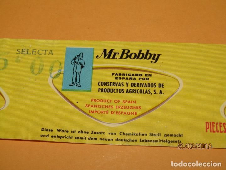 Etiquetas antiguas: Antigua Etiqueta de Bote de PIMIENTOS MORRONES de Mr. BOBY por Conservas y Derivados Agrícolas 1970s - Foto 2 - 156399294