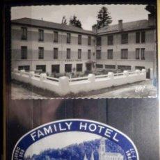 Etiquetas antiguas: ETIQUETA DE HOTEL - FAMILY - LOURDES + POSTAL DEL MISMO HOTEL + TARJETA - AÑOS 50´S . Lote 156681218