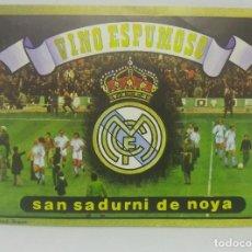 Etiquetas antiguas: REAL MADRID. VINO ESPUMOSO. SAN SADURNI DE NOYA. ETIQUETA IMPECABLE. Lote 159028806