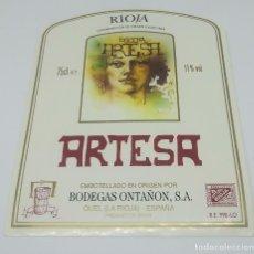 Etiquetas antiguas: RIOJA ARTESA. BODEGAS ONTAÑON. QUEL. LA RIOJA. 13X10CM ETIQUETA IMPECABLE. NUNCA PEGADA. Lote 159966358