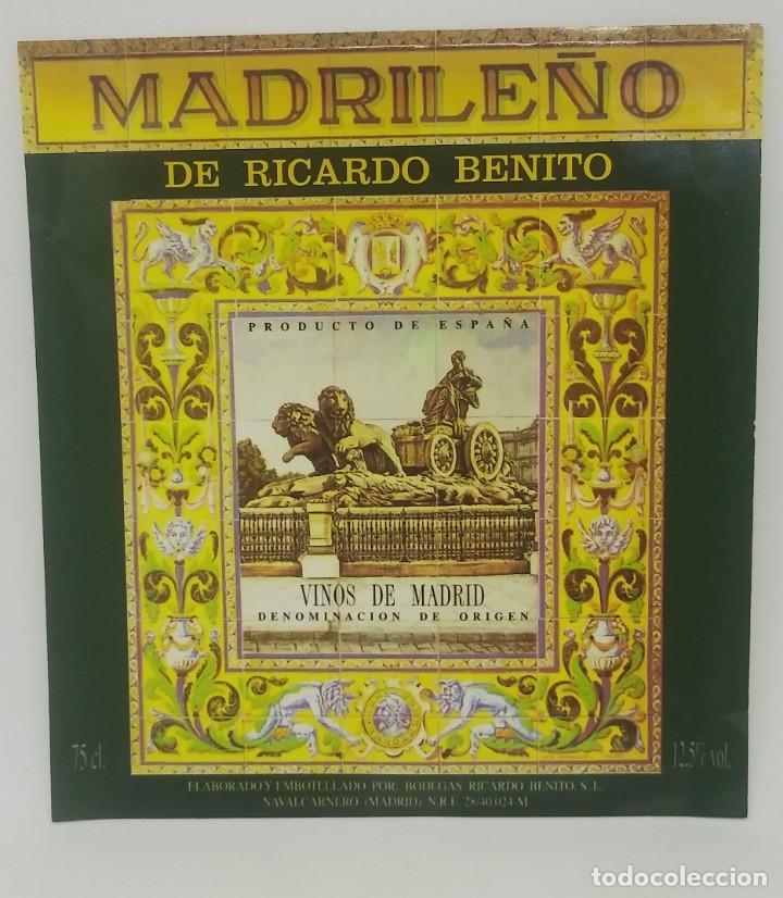 Madrileño de Ricardo Benito. Vinos de Madrid. Etiqueta 12x11cm - 160287270