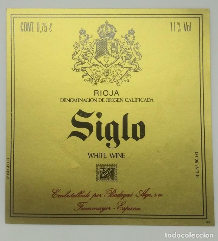 SIGLO.WHITE WINE. BODEGAS AGE. FUENMAYOR. ETIQUETA (Coleccionismo - Etiquetas)