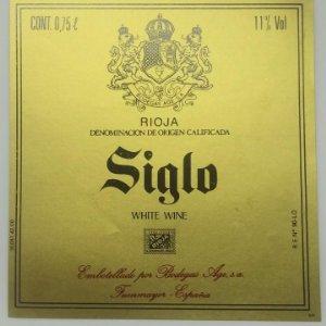 Siglo.White wine. Bodegas Age. Fuenmayor. Etiqueta