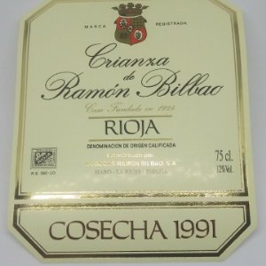 Crianza de Ramón Bilbao. Cosecha 1991. Haro. La Rioja. Etiqueta impecable 13,5x11cm
