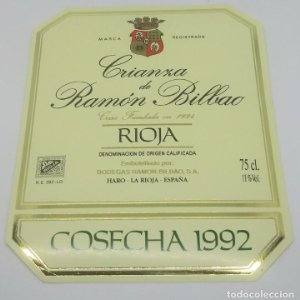 Crianza de Ramón Bilbao. Cosecha 1992. Haro. La Rioja. Etiqueta impecable 13,5x11cm