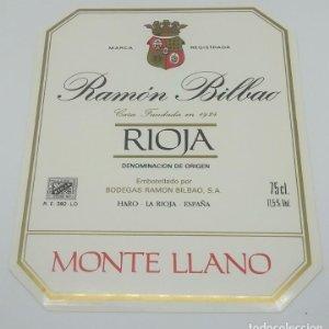 Ramón Bilbao. Monte llano. Bodegas Ramón Bilbao. Haro. La Rioja. Etiqueta impecable 13,5x11cm