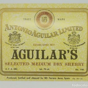 Aguilar's selected medium dry sherry. Antonio Aguilar Limited. Etiqueta impecable 13x10,1cm