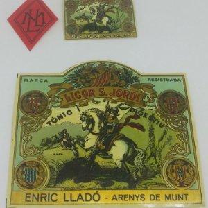 Licor Sant Jordi. Enric Lladó. Arenys de Munt. Lote de 3 etiquetas